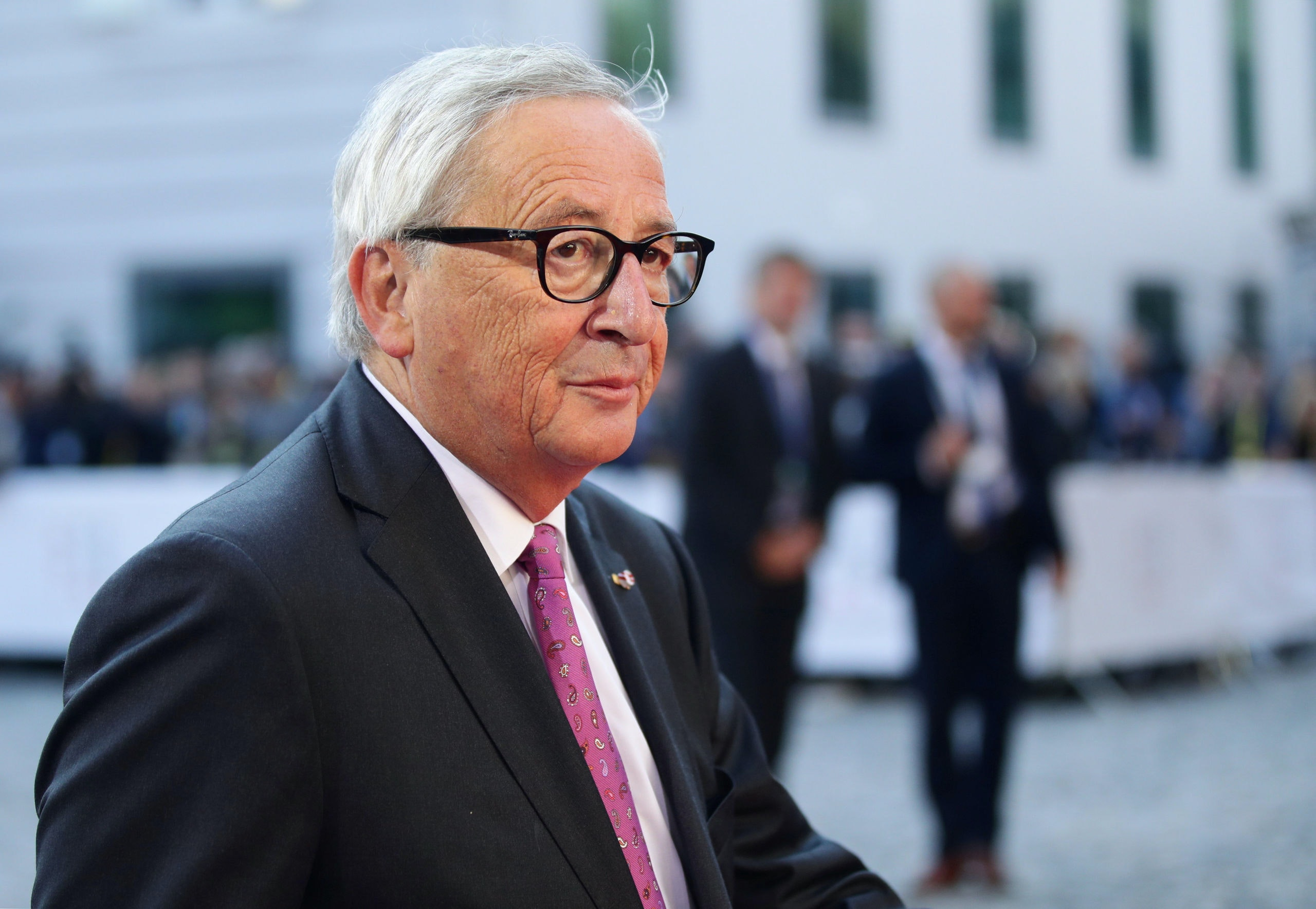 FILE PHOTO: European Commission President Jean-Claude Juncker arrives for the informal meeting of European Union leaders in Salzburg, Austria, September 20, 2018. REUTERS/Lisi Niesner/File Photo