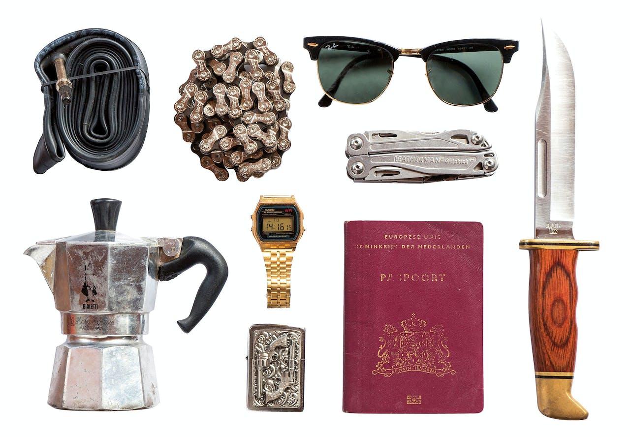 Een greep uit Doolaards bagage: zonder deze spullen gaat hij niet op pad.