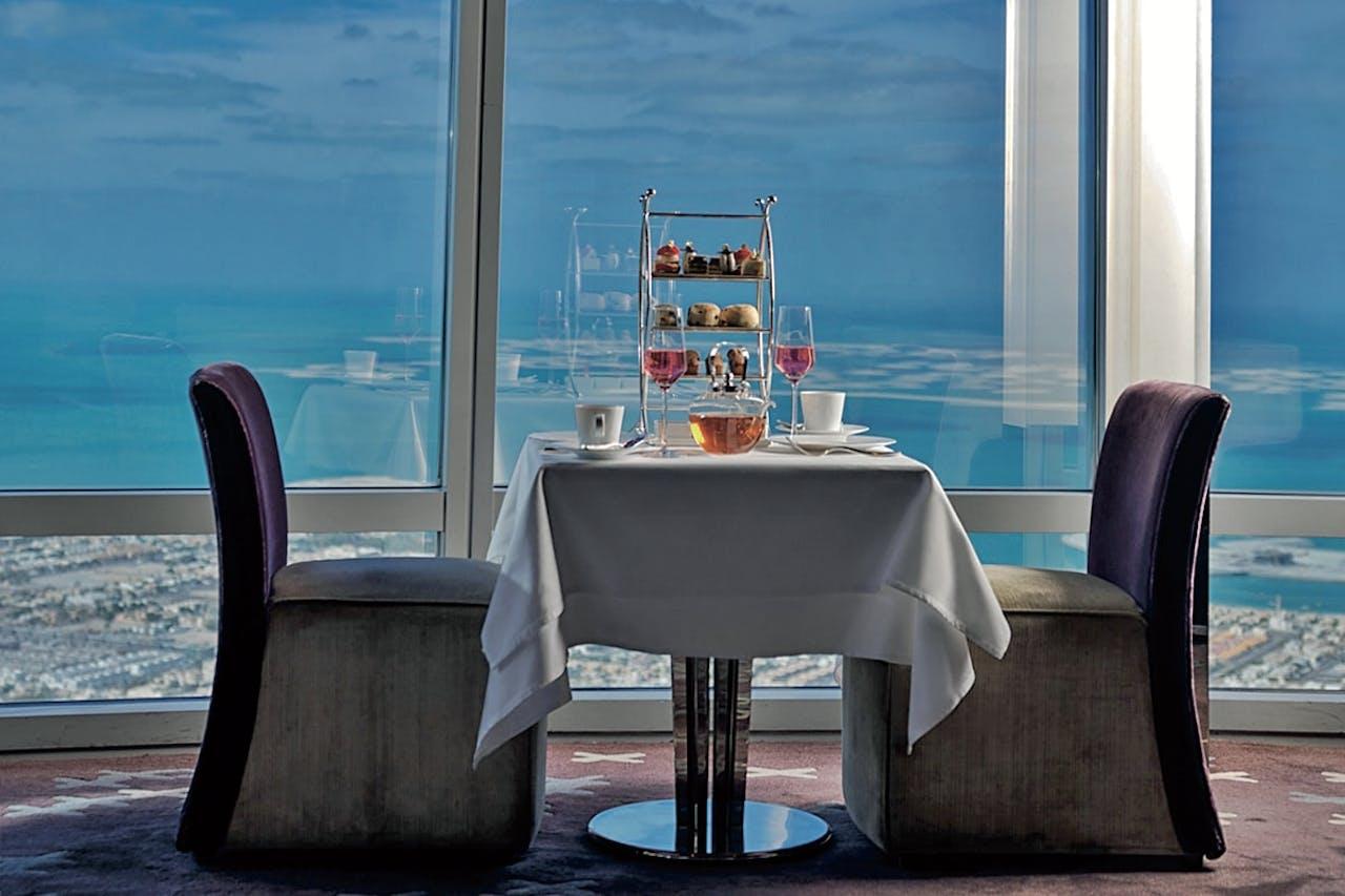 Restaurant in de Burj Khalifa in Dubai.