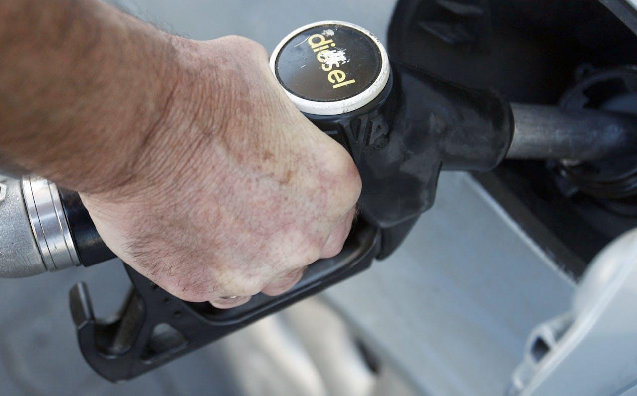 Nog niet zo lang geleden prees uw autodealer dieselwagens aan omdat ze zo lekker efficiënt en betrouwbaar brandstof verbranden.