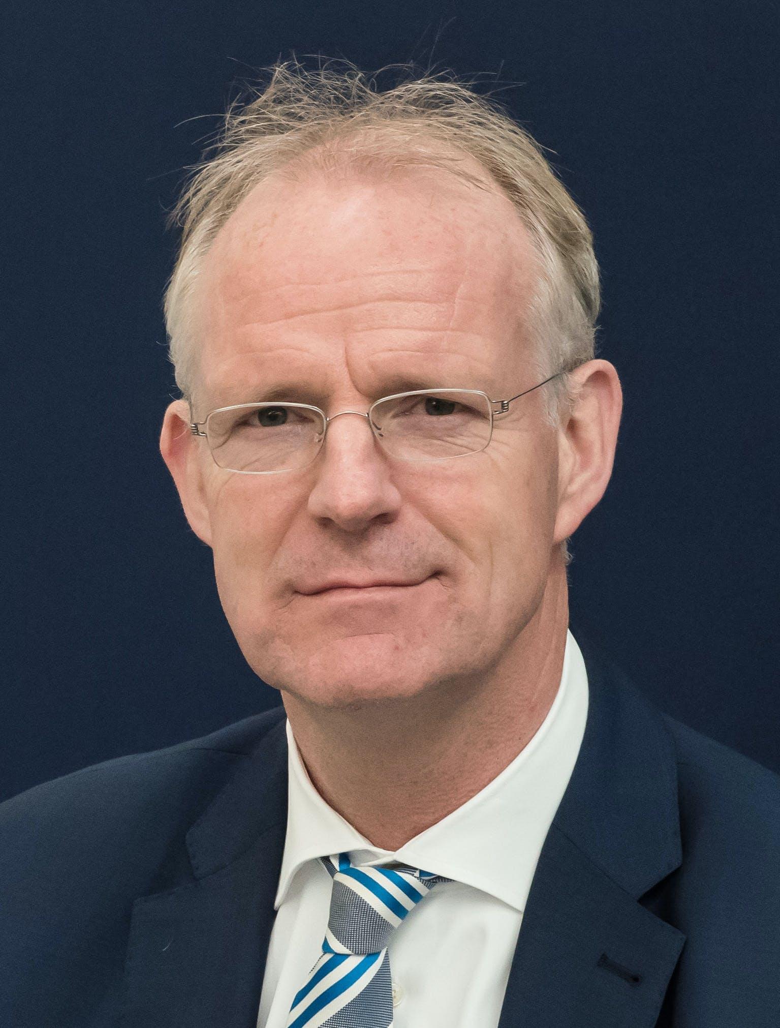 Hans Büthker, ceo van Fokker Technologies wordt ceo van GKN Aerospace.