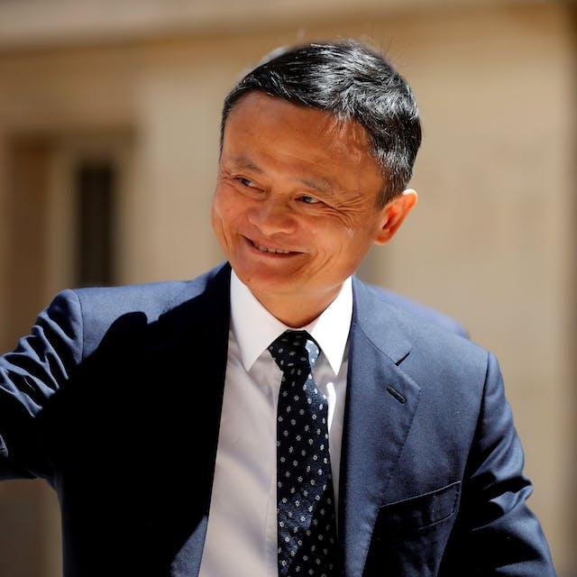 Koers Alibaba springt omhoog na openbaar optreden Jack Ma