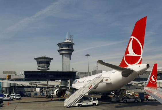 De aandelen van Turkish Airlines daalden maandag met bijna 8%.