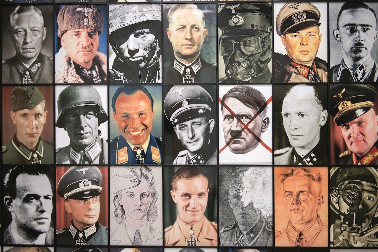 Detail van 'Real Nazis' (2017), van de Pool Piotr Uklanski.
