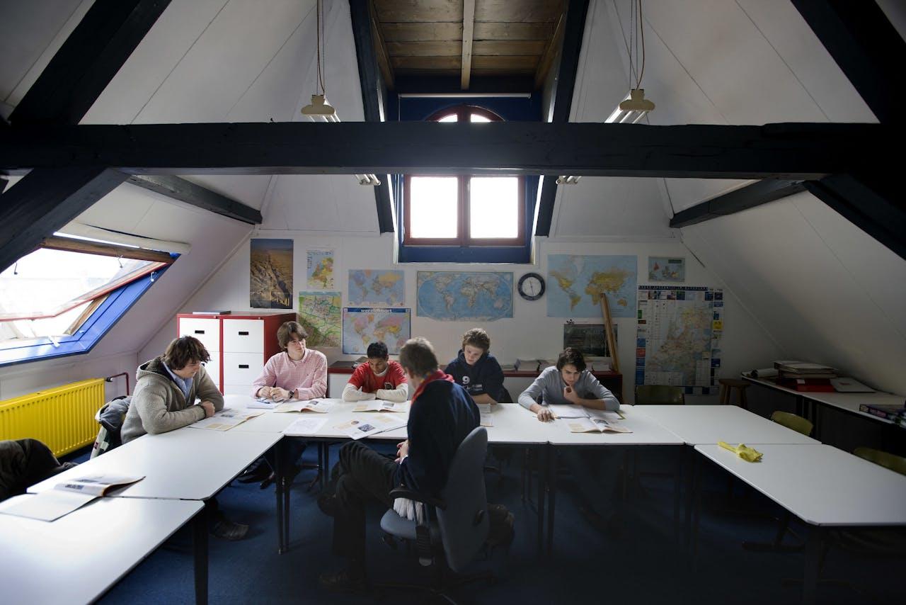 80a864ffd96 Instituut Blankestijn, de oudste particuliere school van Nederland. Bij  Instituut Blankesteijn in Utrecht,