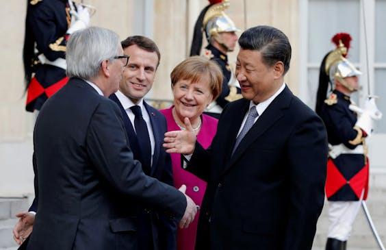 'De lokroep van het Chinese geld is sterk, ook in Europa' Juncker, Macron en Merkel willen niet naïef zijn in hun relatie met Xi.