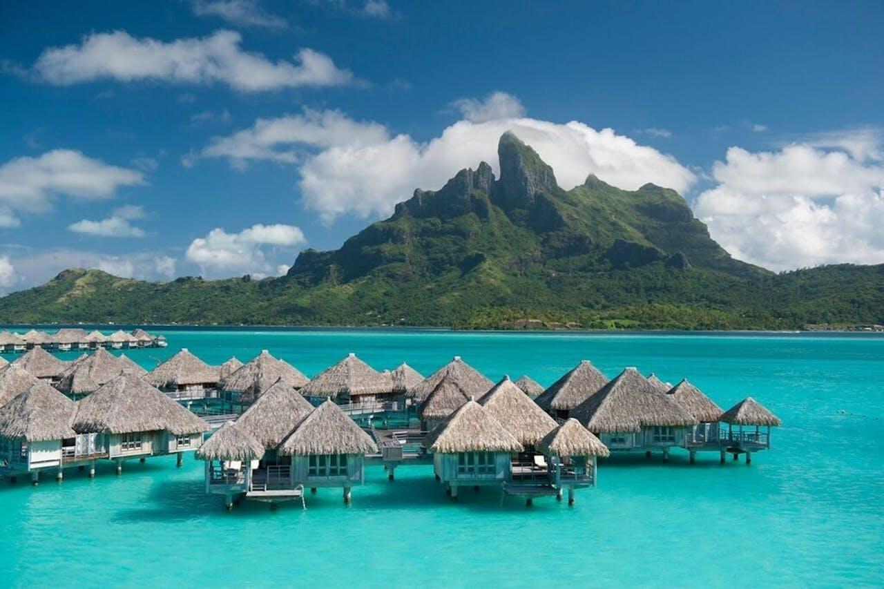 Bora Bora: wakker worden in een huisje op zee.