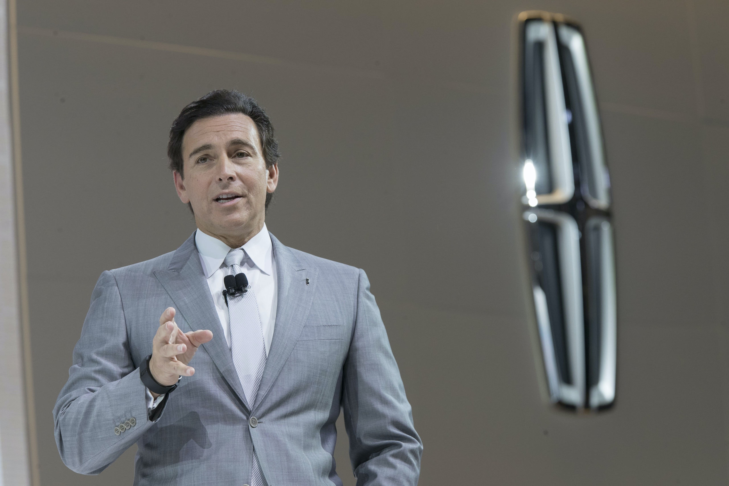 Ford Motor Co. President and CEO Mark Fields speaks during a media preview of the 2018 Lincoln Navigator at the New York International Auto Show, at the Jacob Javits Center in New York, Wednesday, April 12, 2017. (AP Photo/Mary Altaffer)