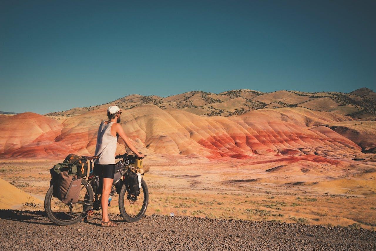De Painted Hills in Oregon, na een lange, warme rit over een onverharde weg.