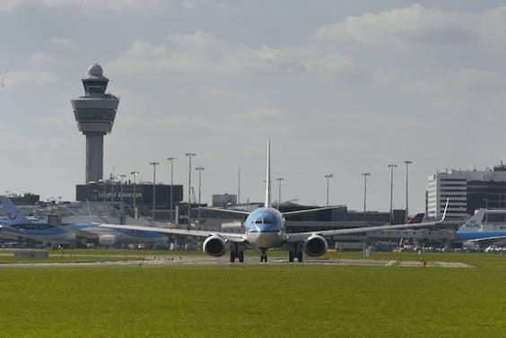 Een vliegtuig van KLM op luchthaven Schiphol