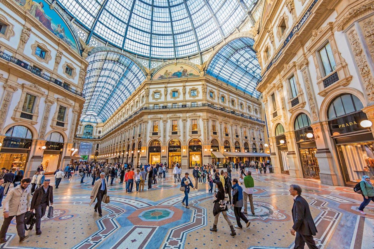 Winkelen in de Galleria Vittorio Emanuele in Milaan.