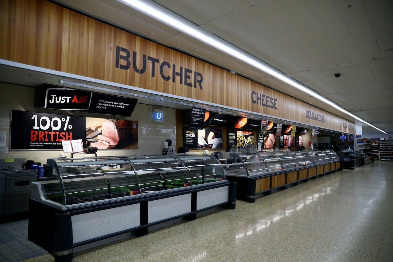 Supermarktketen Sainsbury's vreest problemen met de leverantie van verse voedingswaren aan zijn vestigingen in Noord-Ierland.