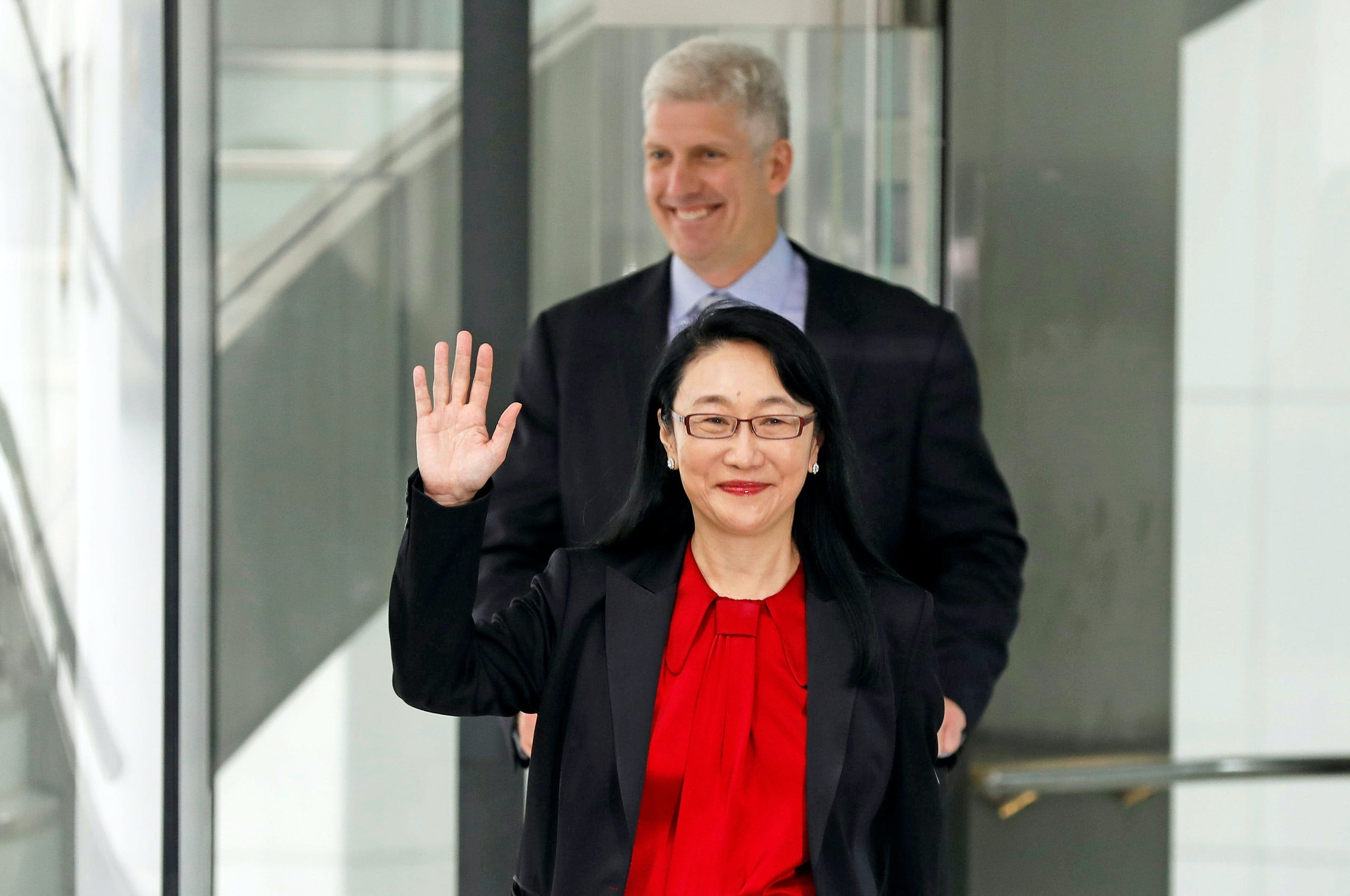 Google hardware executive Rick Osterloh and HTC CEO Cher Wang (front) attend a news conference to announce Google to acquire HTC's Pixel smartphone division, in Taipei, Taiwan September 21, 2017. REUTERS/Tyrone Siu - RC1D74B8A4C0