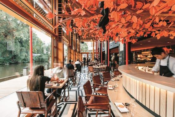 Het interieur van het nieuwste restaurant van Won Yip: het Japans-Braziliaans-Peruaanse Sushisamba.