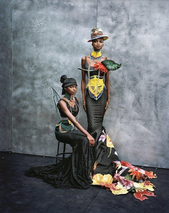 De Kusudiand Kitu-jurken, voorjaar-zomer 1997.