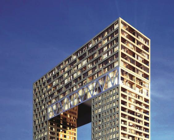 Het gebouw de Pontsteiger met op de bovenste verdieping het penthouse van Yip.