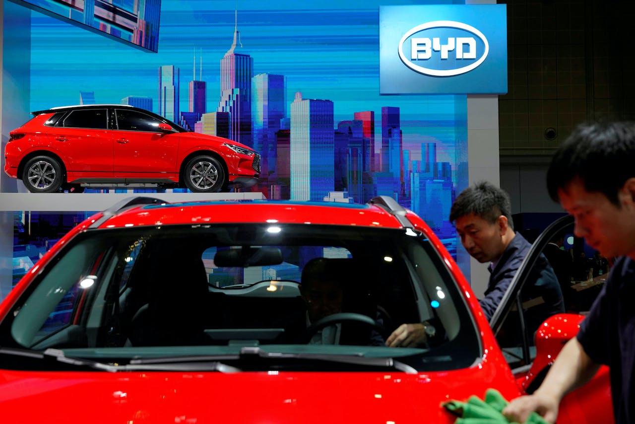 De Chinese automaker BYD wil de Noorse markt op met de volledig elektrische Tang.