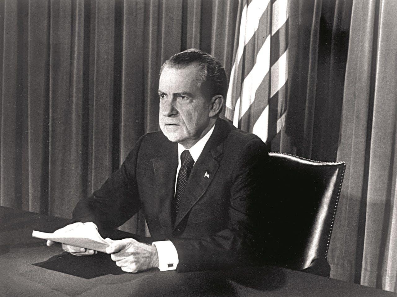 Nixon kondigt op 8 augustus 1974 zijn aftreden aan op tv