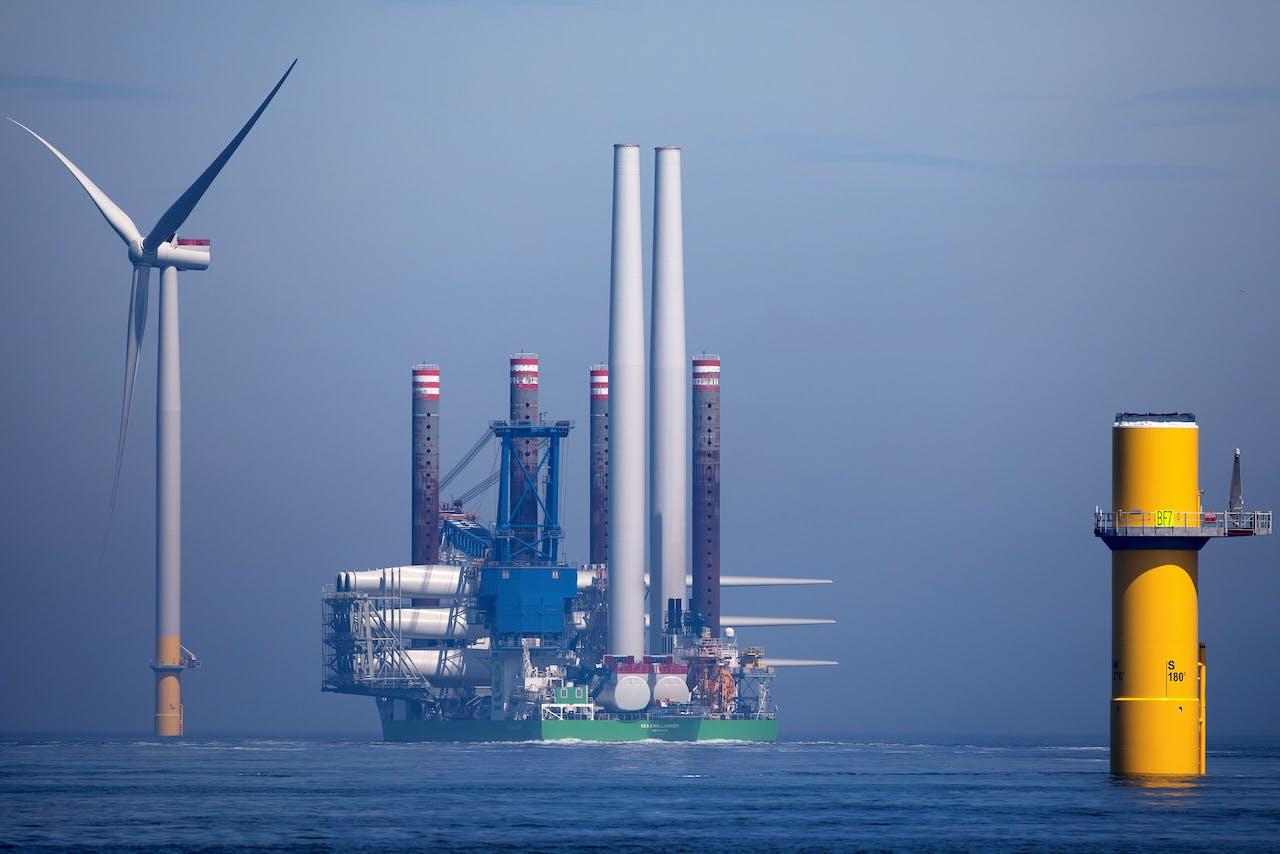 Bouw windmolenpark Borssele 1 en 2 op de Noordzee door het bedrijf Orsted. Groene waterstof kan worden gemaakt door overschotten elektriciteit uit windparken. Begin deze week maakten Orsted en Yara bekend dat ze een waterstoffabriek willen bouwen van 100 megawatt.