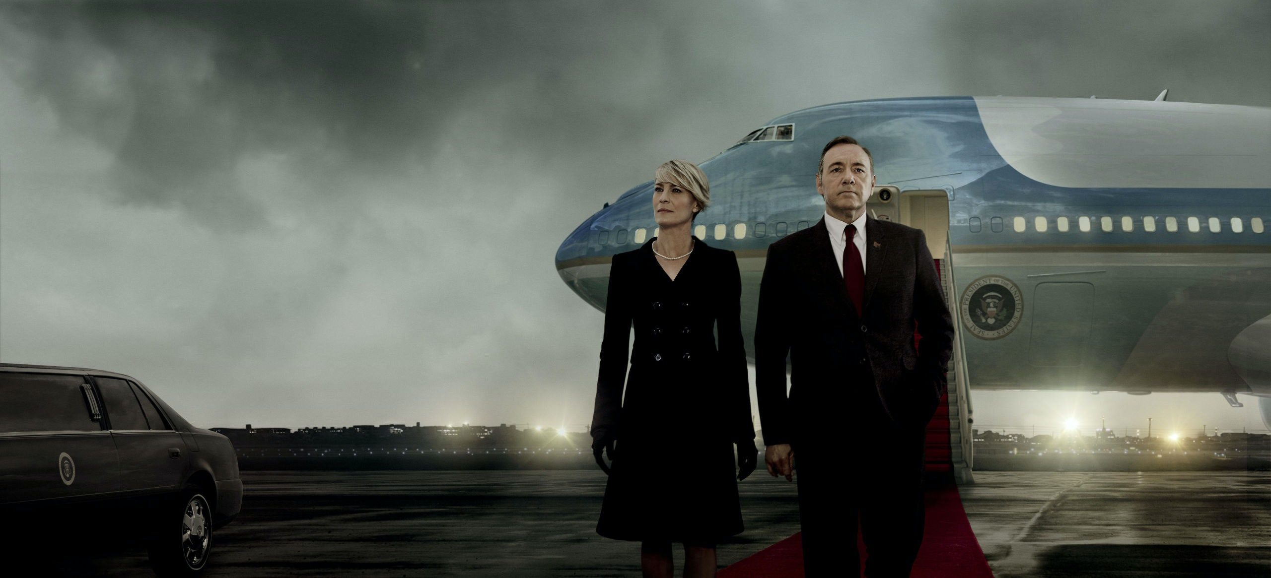 Kevin Spacey is Frank Underwood, Robin Wright is Claire Underwood in TV serie HOUSE OF CARDS : serie created by Beau Willimon (2013) starring Kevin Spacey, Robin Wright, Kate Mara; Drama; Thriller; serie internationale; serie; television; TV ; Frank Underwood; politic; Washington; american; 2015; Sony Pictures Television; Netflix; saison 3; Key Art; Photo G?n?rique sans Logo NOTE: this is a PR photo. Sunsetbox does not claim any Copyright or License in the attached material. Fees charged by Sunsetbox are for Sunsetbox's services only, and do not, nor are they intended to, convey to the user any ownership of Copyright or License in the material. By publishing this material, the user expressly agrees to indemnify and to hold Sunsetbox harmless from any claims, demands, or causes of action arising out of or connected in any way with user's publication of the material