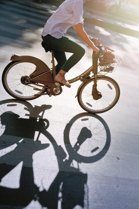 Op de fiets door Parijs.