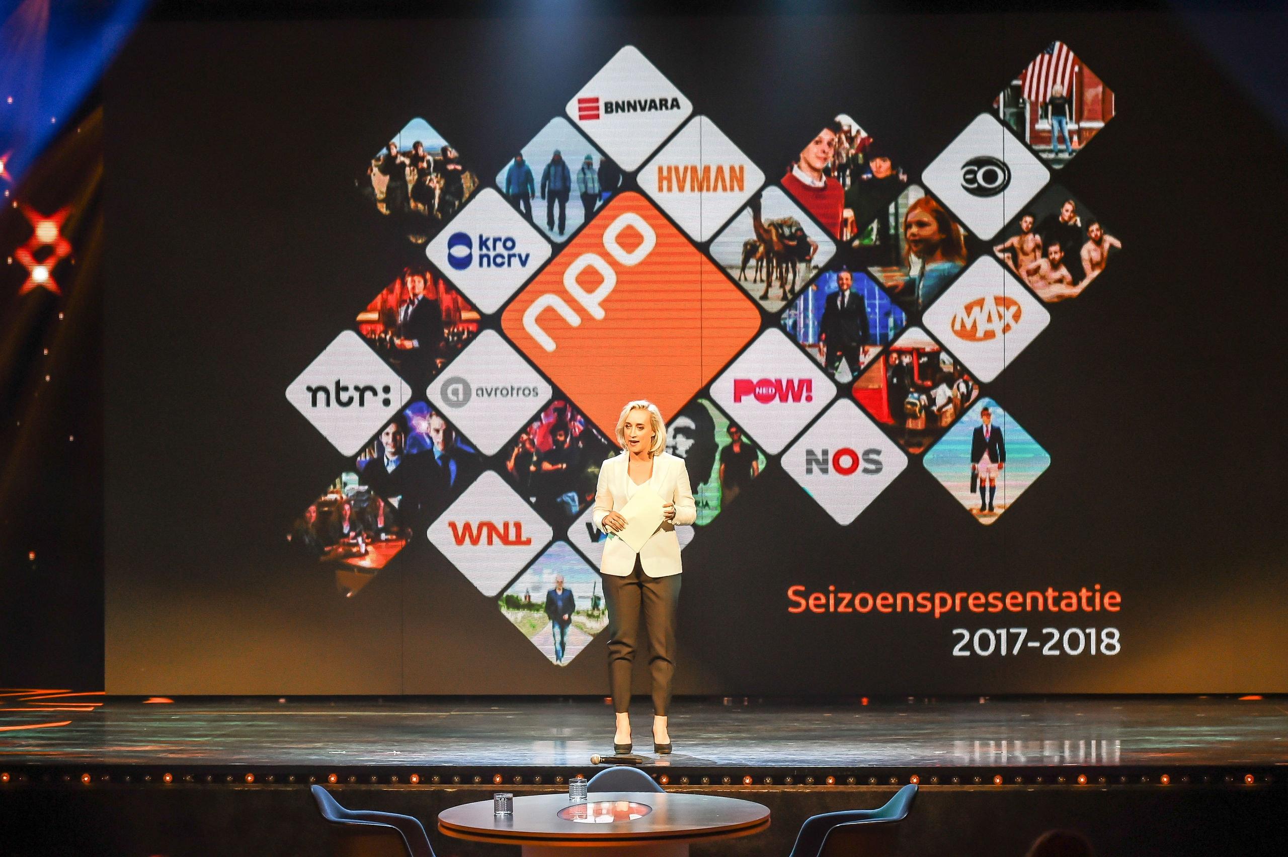 28-08-2017, Hilversum, Nederland: Eva Jinek tijdens de presentatie van Seizoenspresentatie 2017 - 2018 van het Nederlandse Publieke Omroep (NPO) bij studio 21 te Hilversum.