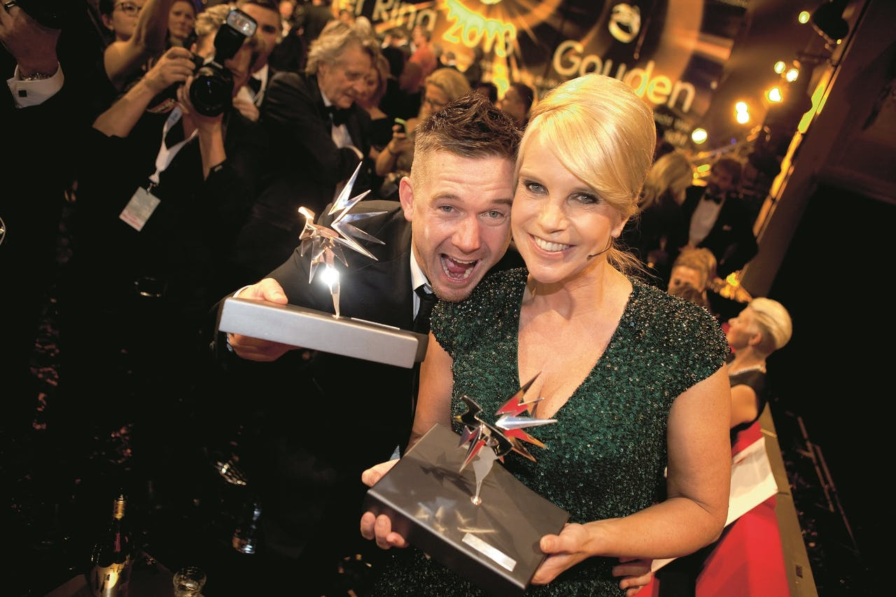 Linda de Mol en haar neef Johnny de Mol winnen de Televizier Ring in 2013.