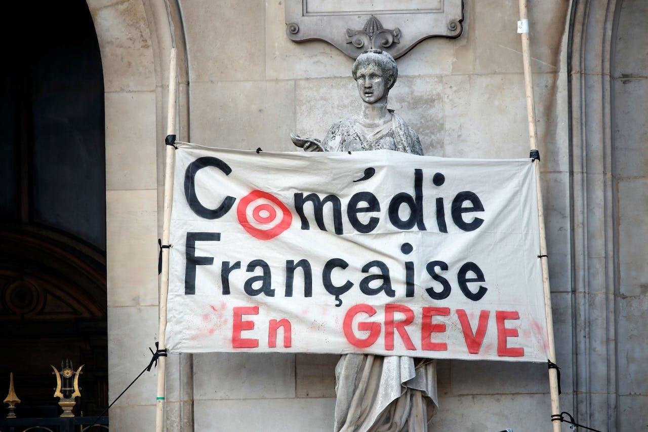 Ook Franse acteurs gingen in staking wegens de pensioenhervormingen.