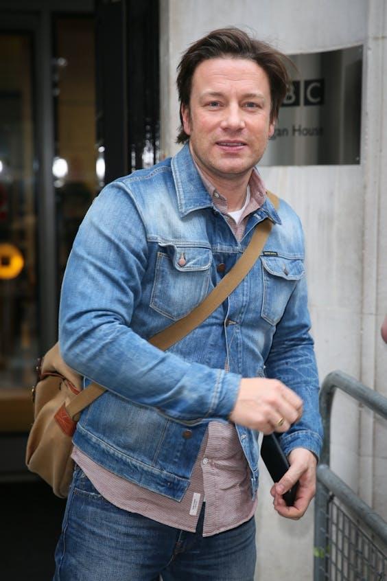 Jamie Oliver Wijt Sluiting Restaurants Aan Brexit