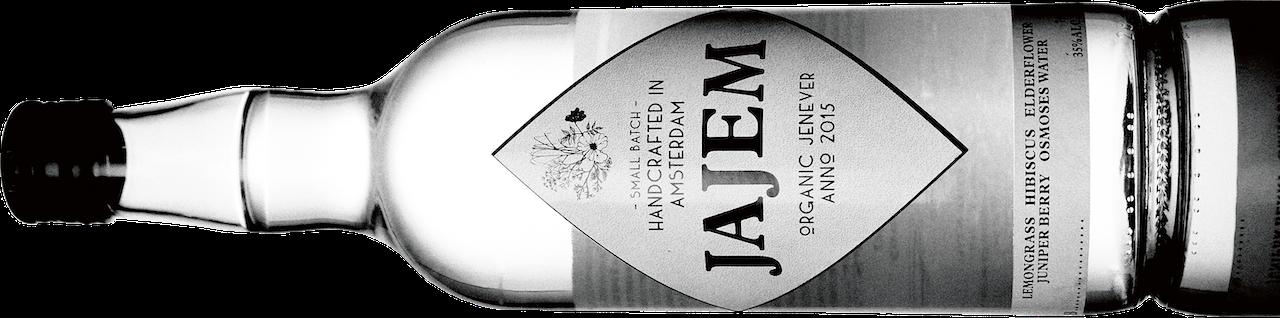 Na experimenten met citroengras, hibiscus en vlierbloesem, ontstond het Amsterdamse label Jajem.