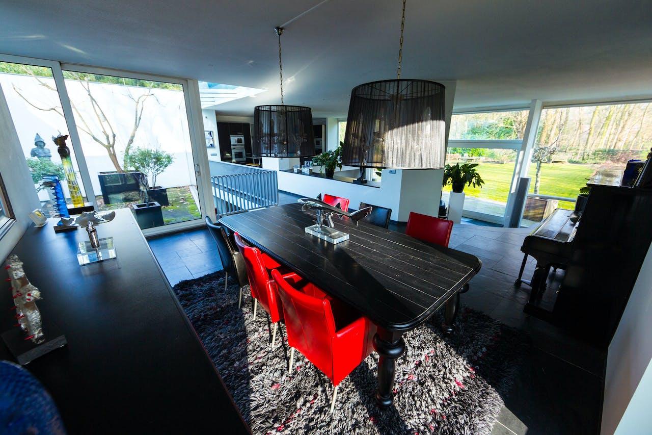 Strakke villa in de natuur van Goirle | Het Financieele Dagblad
