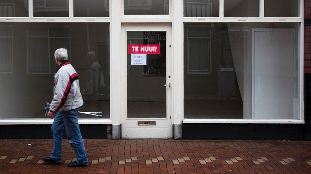 Winkelier in Enschede wacht wanhopig op betere tijden | Het ...