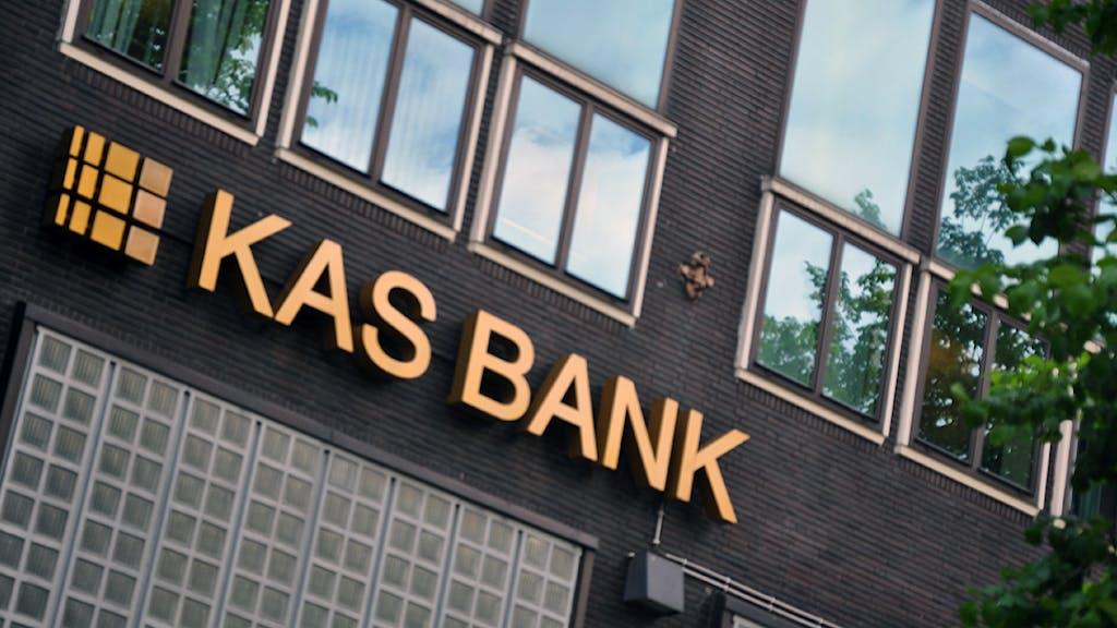 Zoekresultaten voor kas bank zoeken het financieele dagblad - Wc opgeschort ...