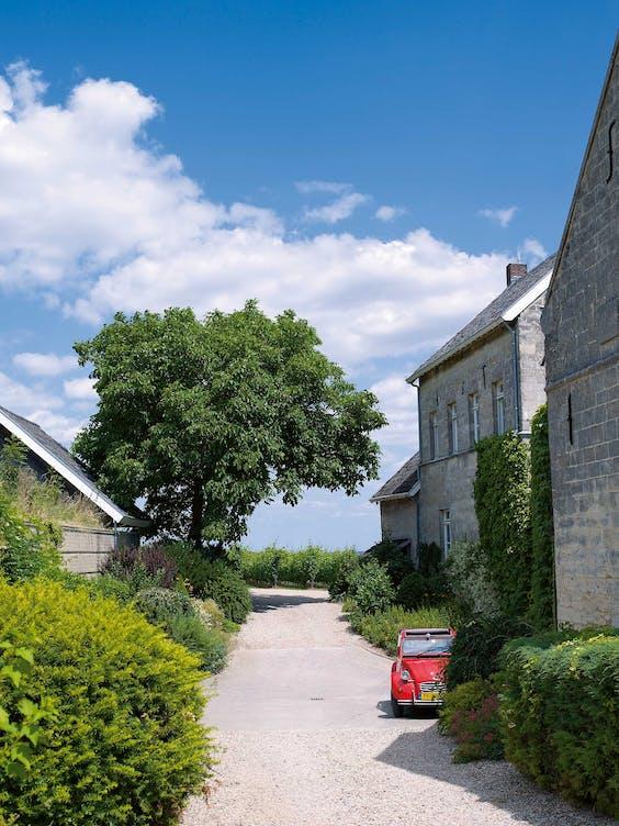 In het diepe zuiden van Limburg waan je je bijna in Frankrijk.