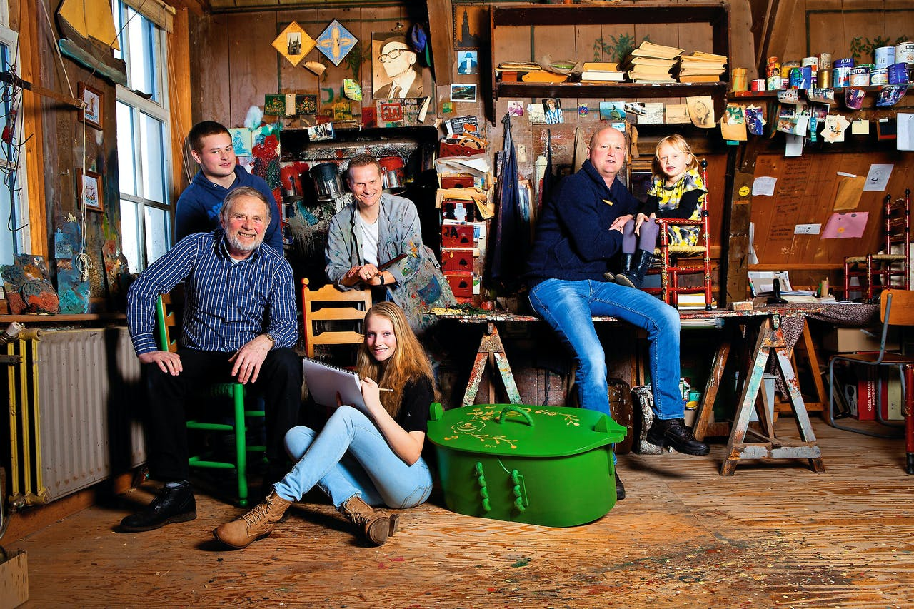 Van links naar rechts: Kristian, Bertus, Inge, Titus, Johan en Fenna Stallmann.