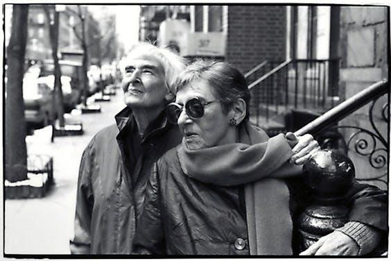 In 1995 verscheen een film over het leven van Ellen Auerbach (links) en Grete Stern