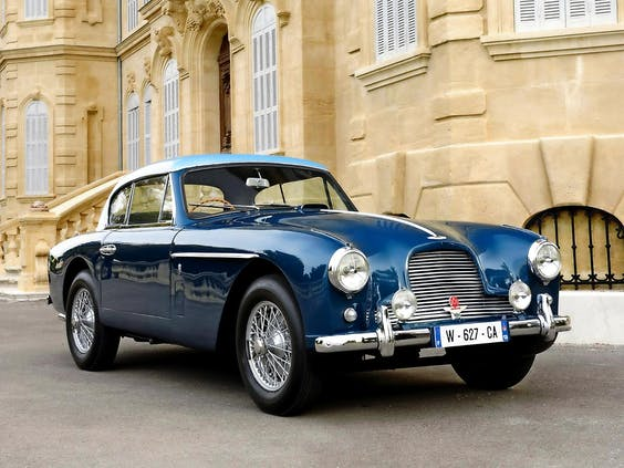 Een Aston Martin DB2.
