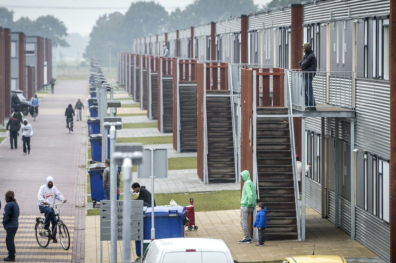 Asielzoekerscentrum Ter Apel (foto: Kees van de Veen/HH).