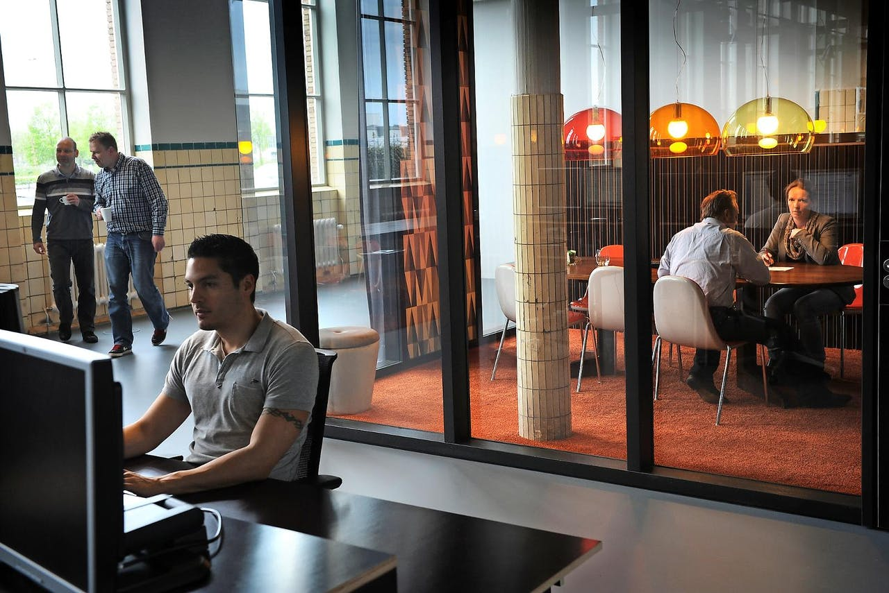 De Gruyter Fabriek in Den Bosch biedt onderdak aan creatieve ondernemers. Het project wordt gefinancierd door de gemeentelijke investeringsmaatschappij BIM en subsidie van Europa.Foto: M. van den Bergh/HH