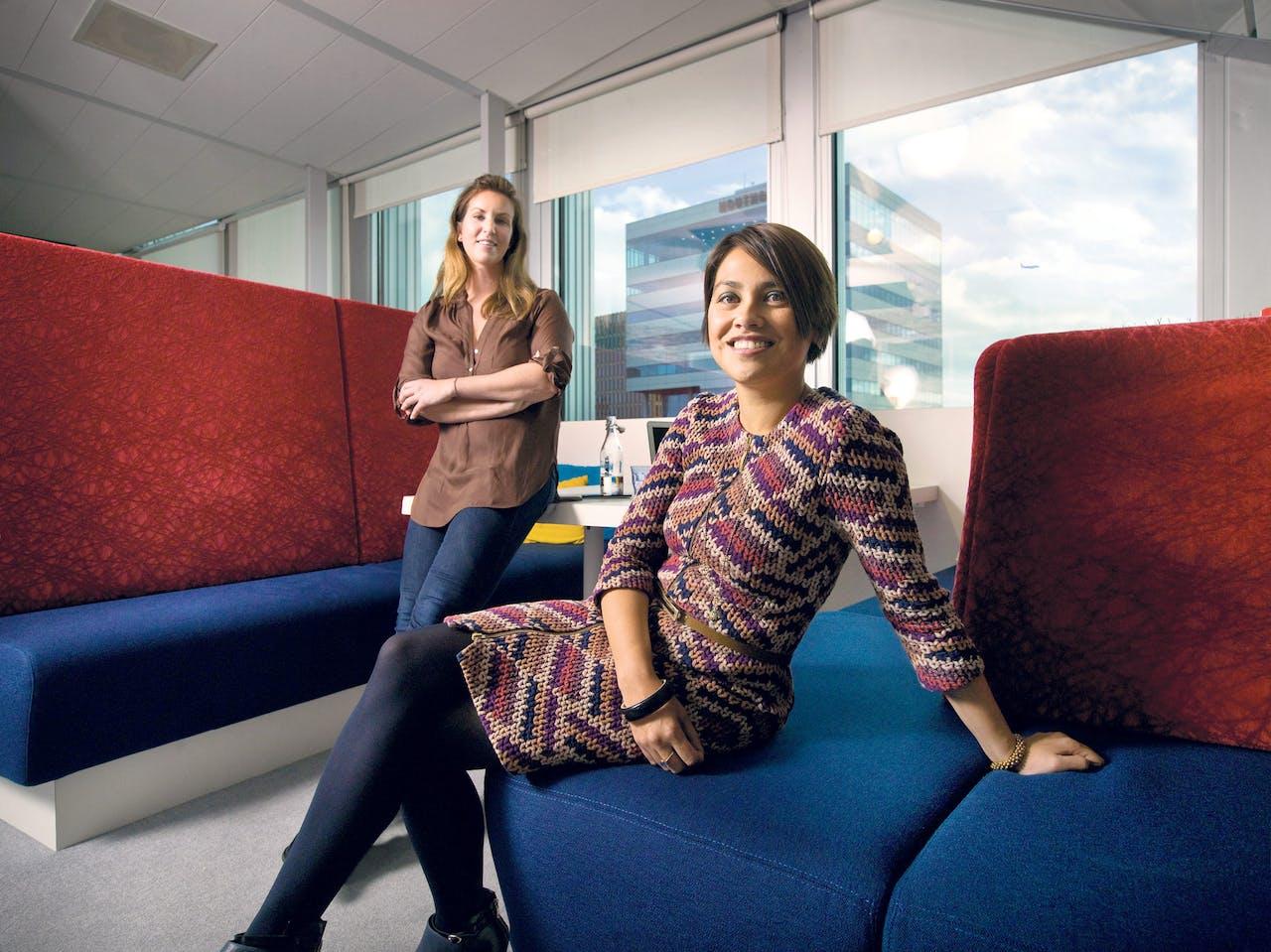 Meghan Casserly (l.) en Daphne Laan van Google Nederland.foto: (Kato Tan)
