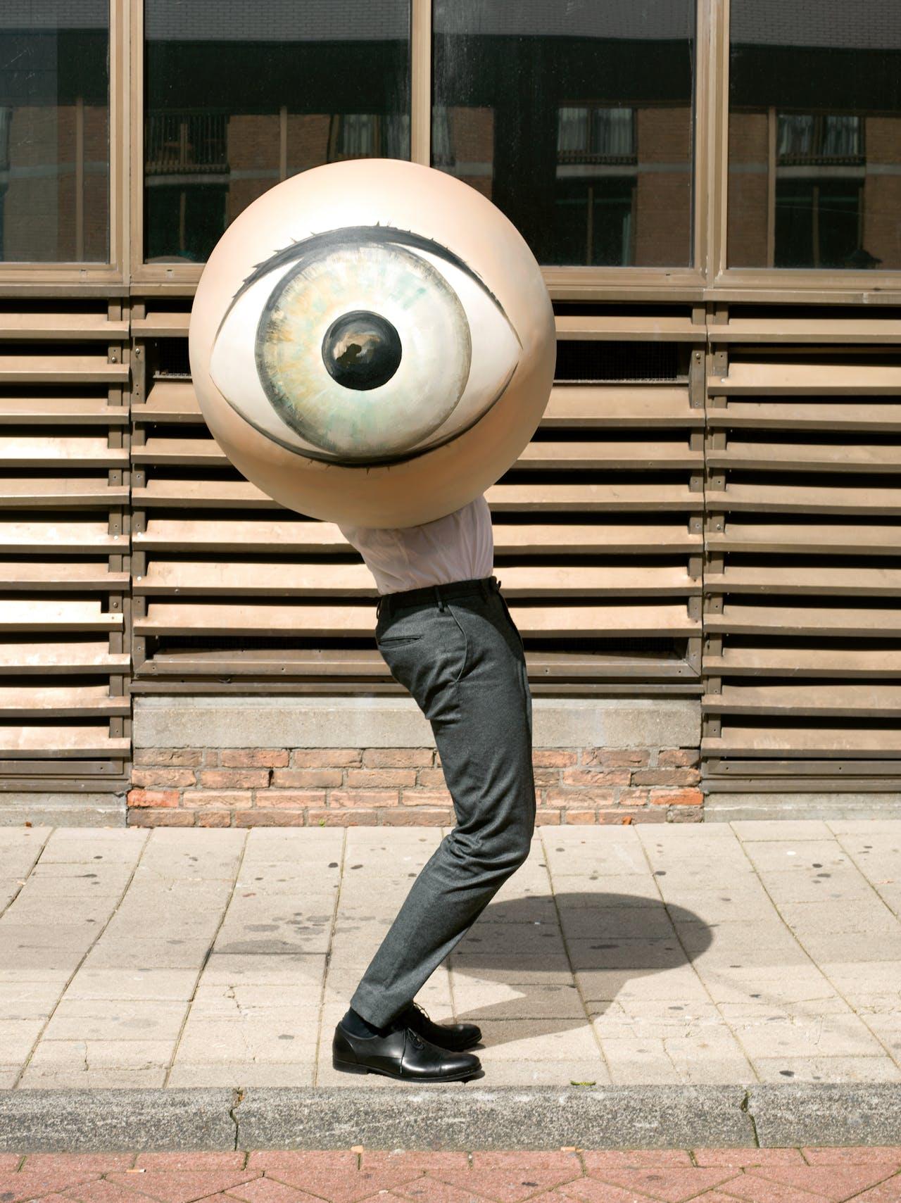Borstlap regisseerde zelf hoe hij voor de lezers van FD Persoonlijk op de foto wilde worden gezet.