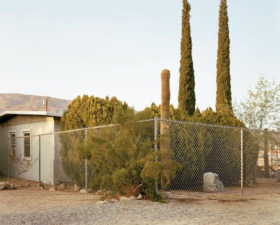 'Twentynine Palms (CA)', 2002. Twentynine Palms is een stadje in de Mojave-woestijn.