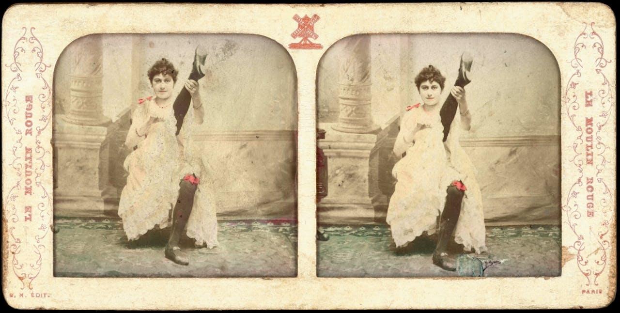 Bleuette, een danseres van de Moulin Rouge, op een stereofoto van rond 1890.