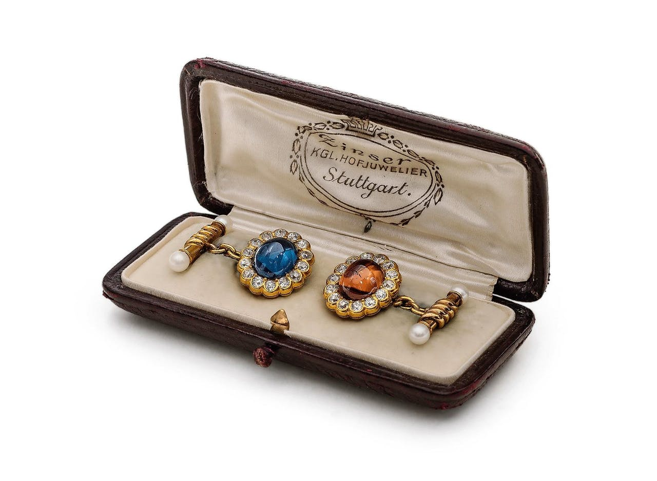 Knopen uit de privécollectie van de Duitse koning Wilhelm II van Württemberg, (ca. 1890-1900).