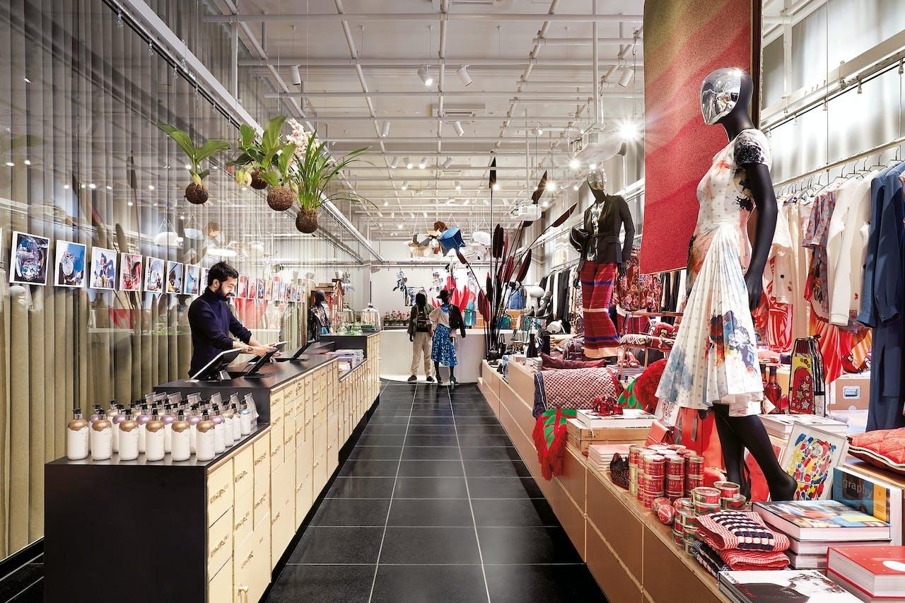 Alles in de 700 m² grote winkel XBank in Amsterdam is van Nederlandse bodem.