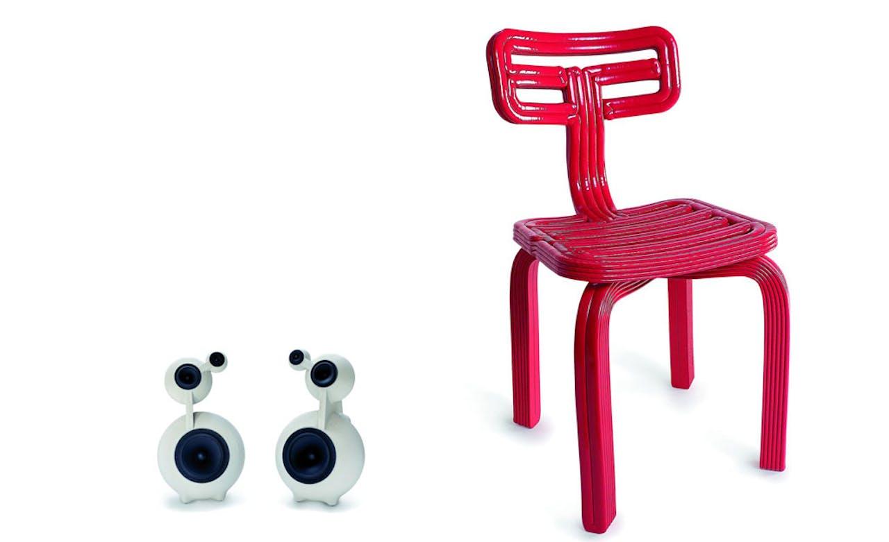 De Snowman, een setje boxen (links) en de Chubby Chair, het meest verkochte ontwerp van Dirk Vander Kooij (rechts)
