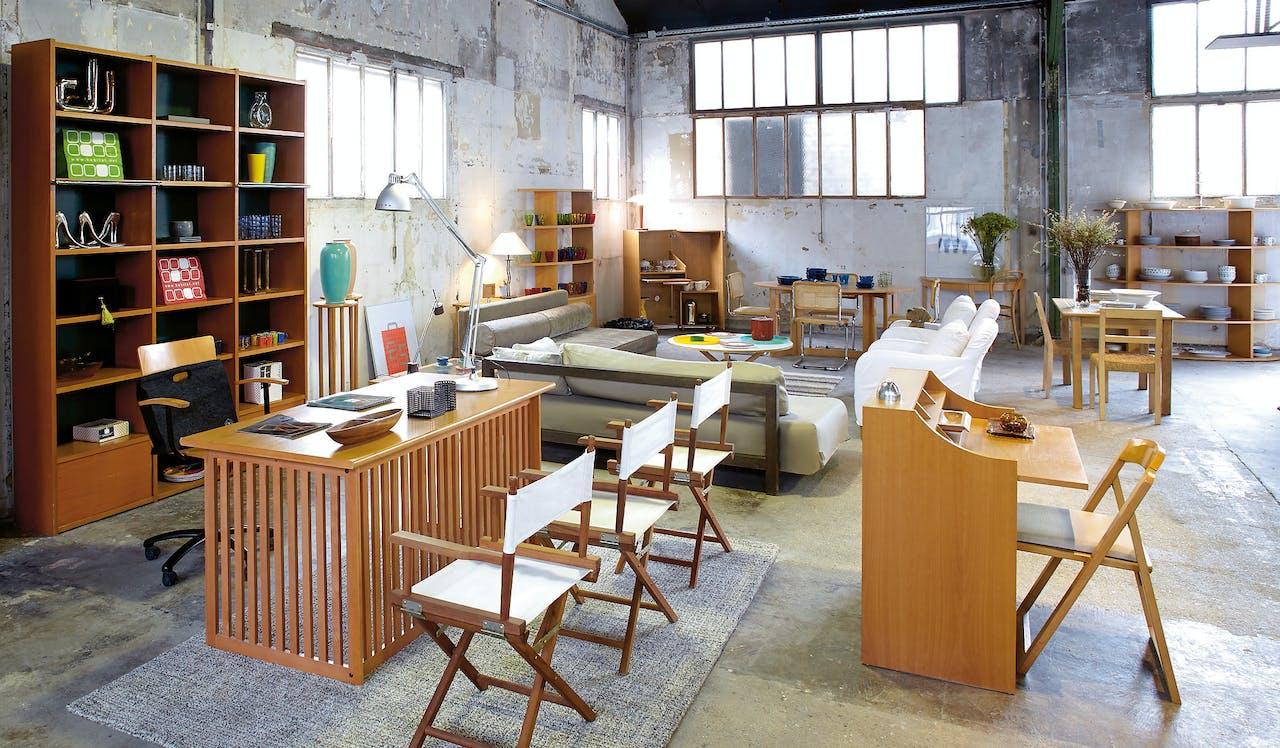 Habitat dook overal oude Habitat-spullen op en begon een eigen vintage-winkel.