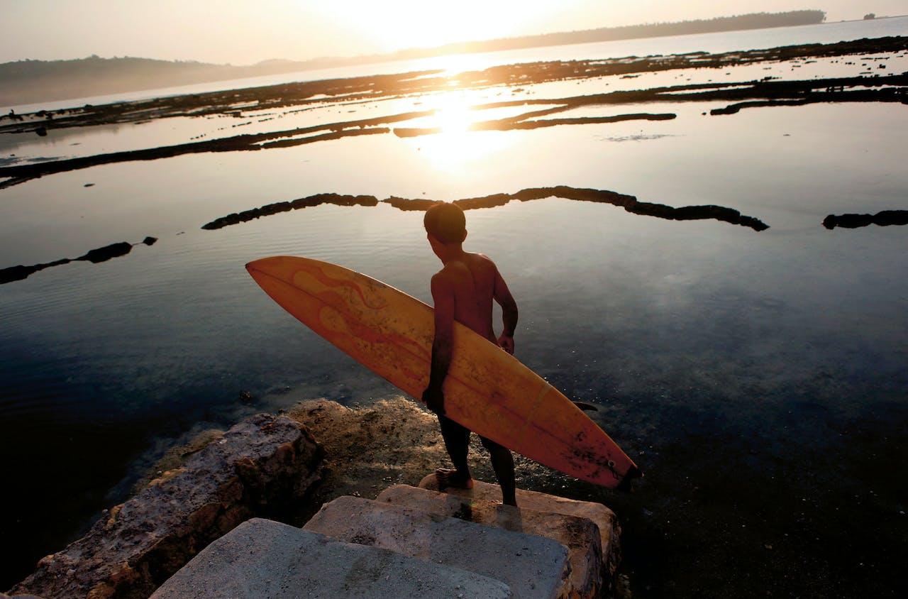Het eiland Nias is de ideale surfspot.