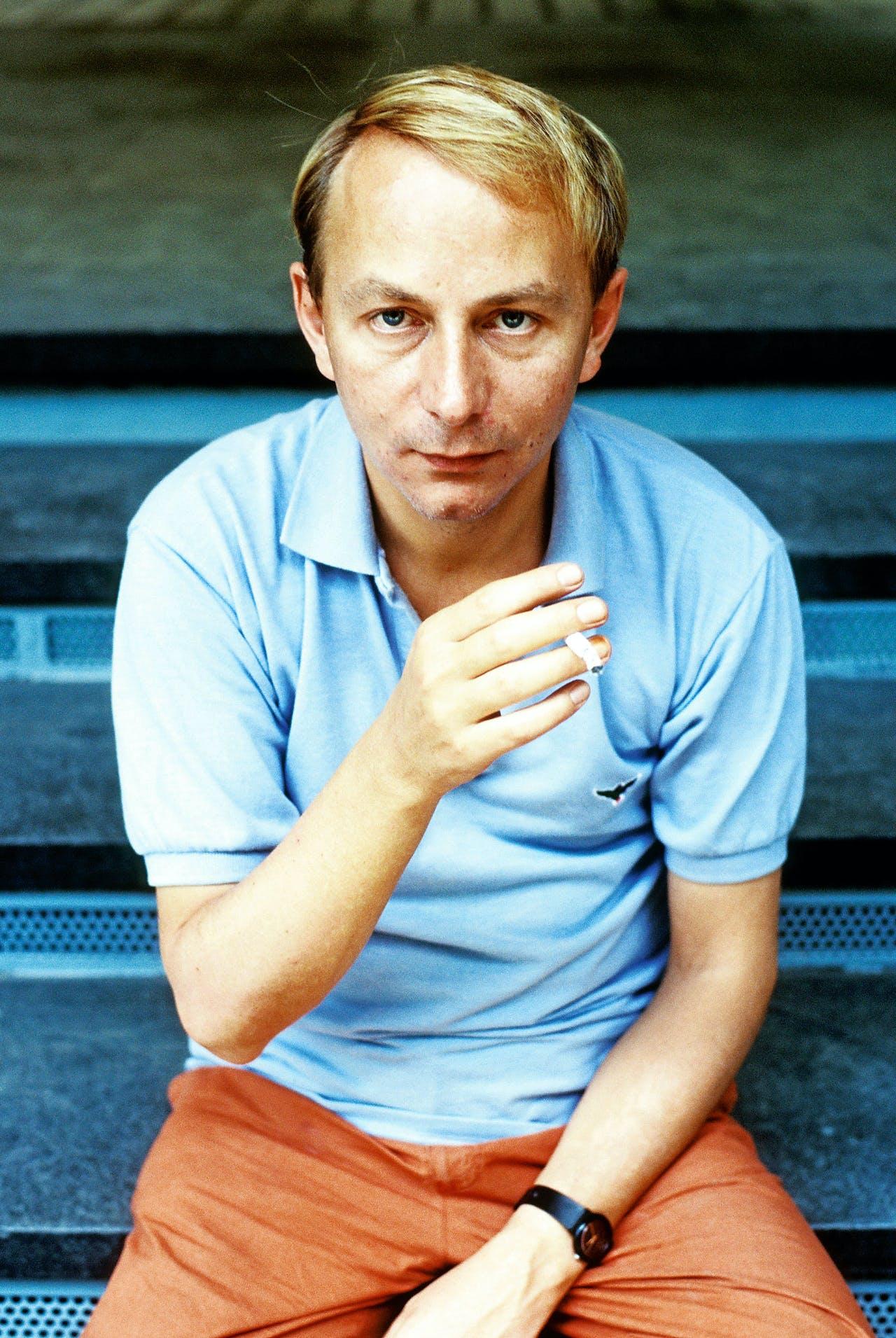 Foto: Een jonge Michel Houellebecq (Foto: Leonardo Cendamo / Writer Pictures / HH)