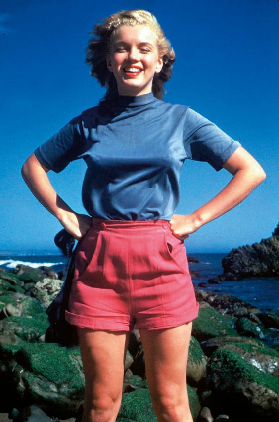 Norma Jean nam de naam van haar grootmoeder aan: Monroe. Marilyn werd daarvoor geplakt door 20th Century Fox (Foto: Rex Features/Hollandse Hoogte).